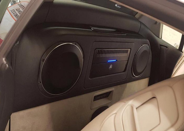 Custom Car Audio Installations Coulsdon Surrey South London